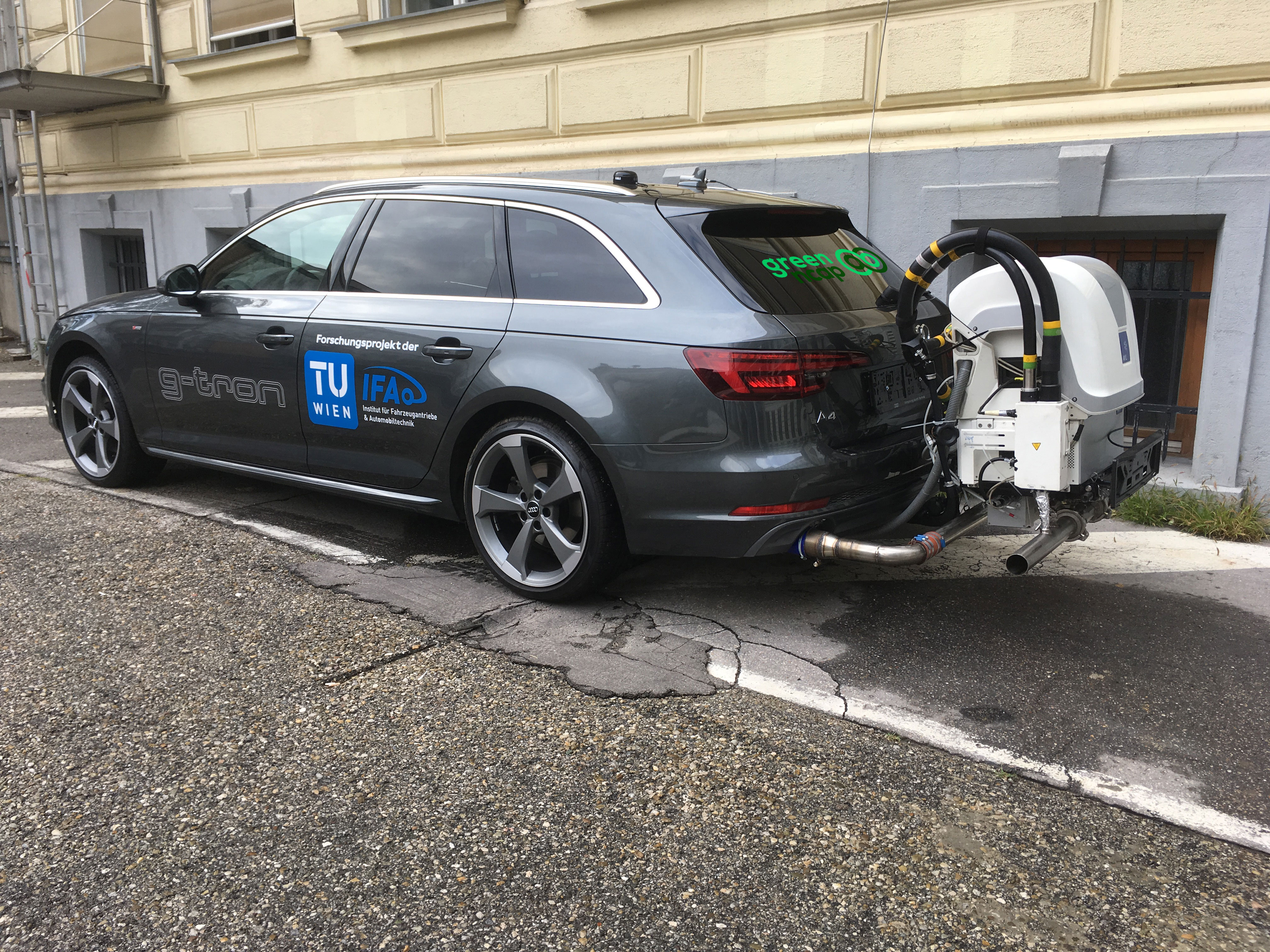 Green NCAP Audi A4 Avant g-tron 2019 Road Test