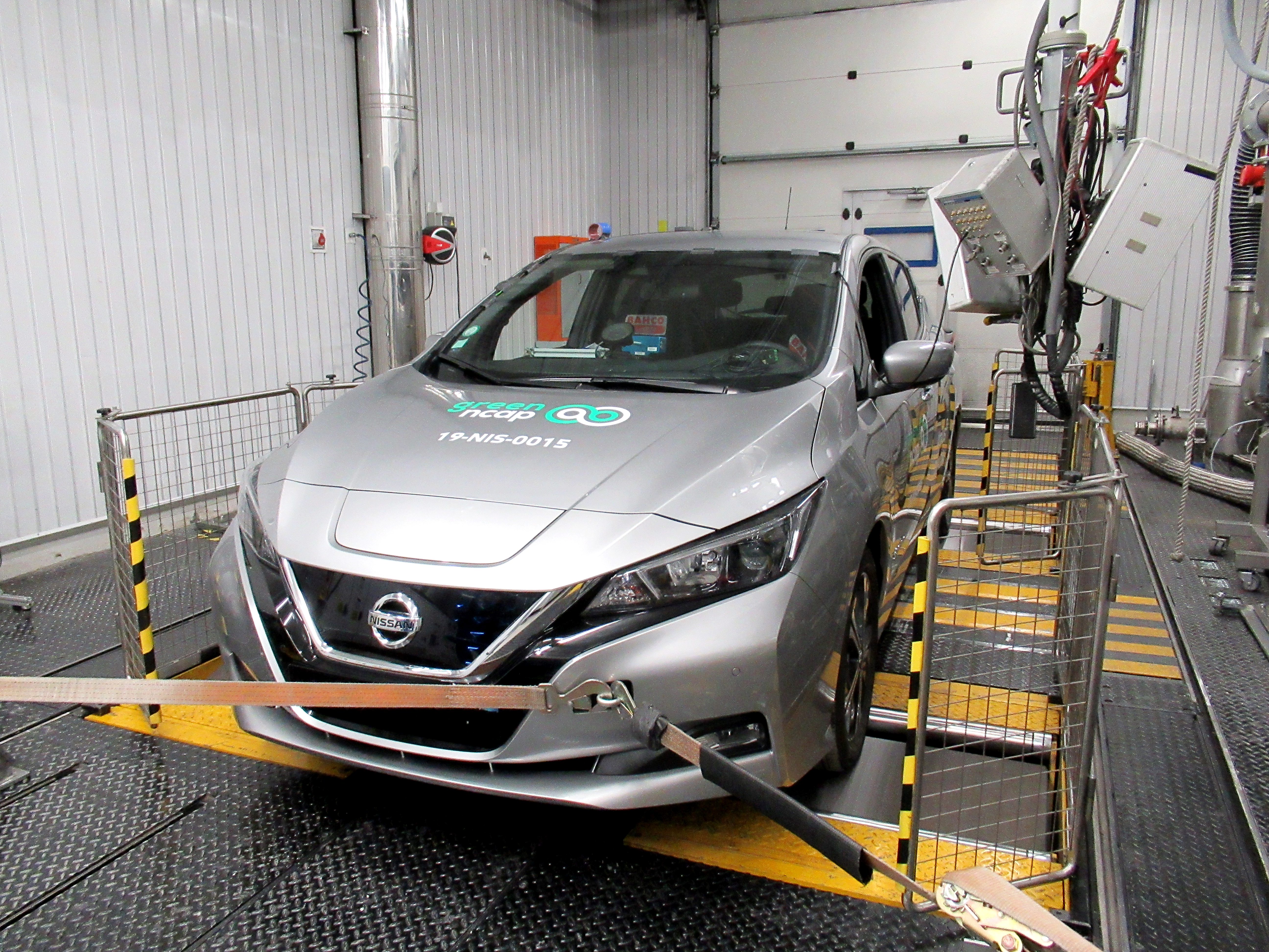Green NCAP Nissan LEAF 2019 Laboratory Test